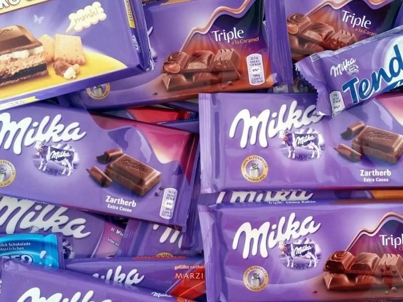 Rubate 20 tonnellate di cioccolato Milka: è caccia al ladro goloso