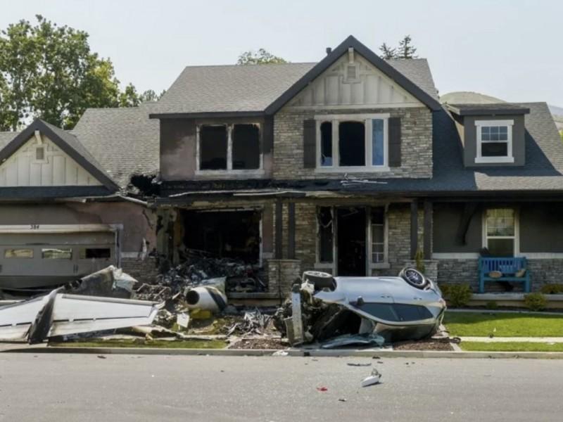 Per uccidere la moglie si schianta con l'aereo contro la sua casa: ma muore solo lui