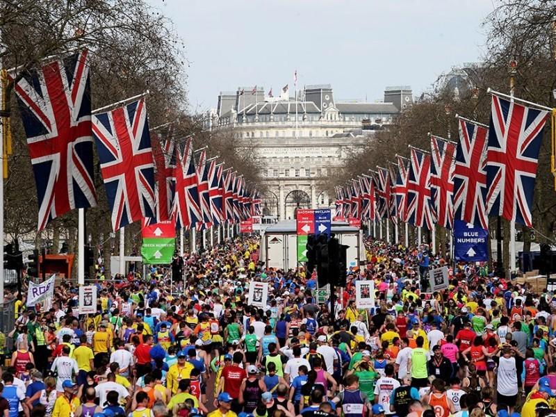 Maratona di Londra, barese fa la scorciatoia e batte l'oro olimpico: smascherato dal Times